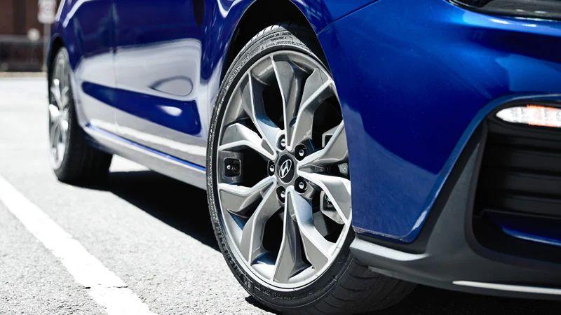 """18"""" alloy wheels."""