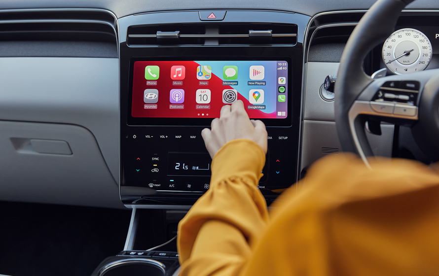 "10.25"" touchscreen with Apple CarPlay<sup>TM[P1]</sup> & Android<sup>TM[P2]</sup>Auto."
