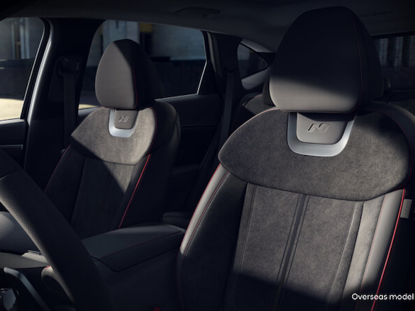 Performance-inspired interior trim.